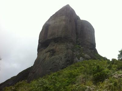Pedra da Gávea e seus mistérios são abordados no filme, que estreia nesta quinta-feira - Divulgação